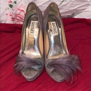 Badgley Mischka Feather Toe Heels sz 7.5M